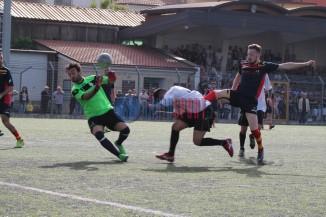1-1 Petronzi