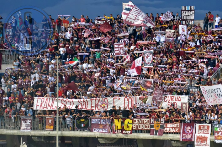 Curva Salernitana